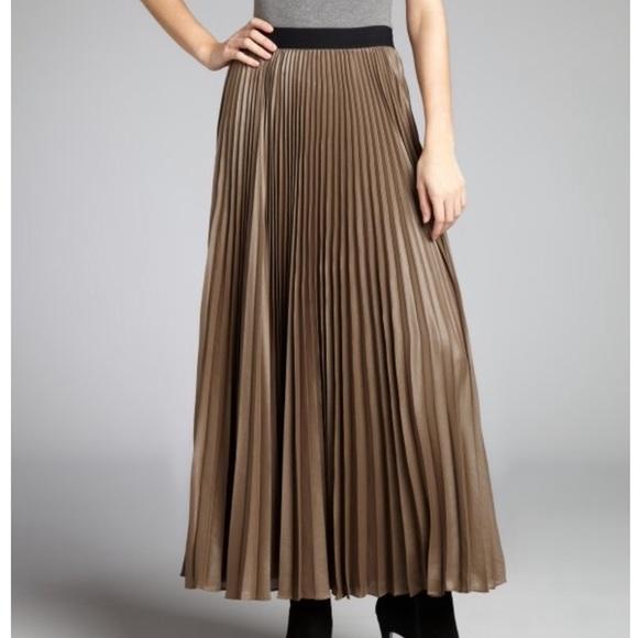 f5510e5123 BCBGMaxAzria Dresses & Skirts - BCBG Long taupe pleated accordion maxi skirt